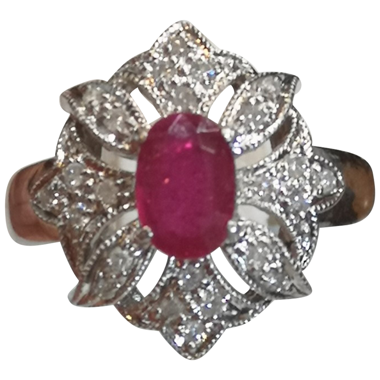 Non Signé / Unsigned Rubis Red White gold ring for Women \N