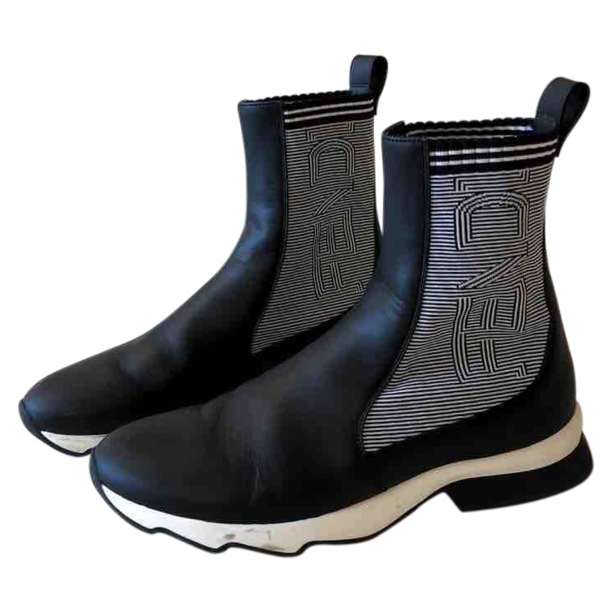 Fendi \N Black Leather Ankle boots for Women 39 EU