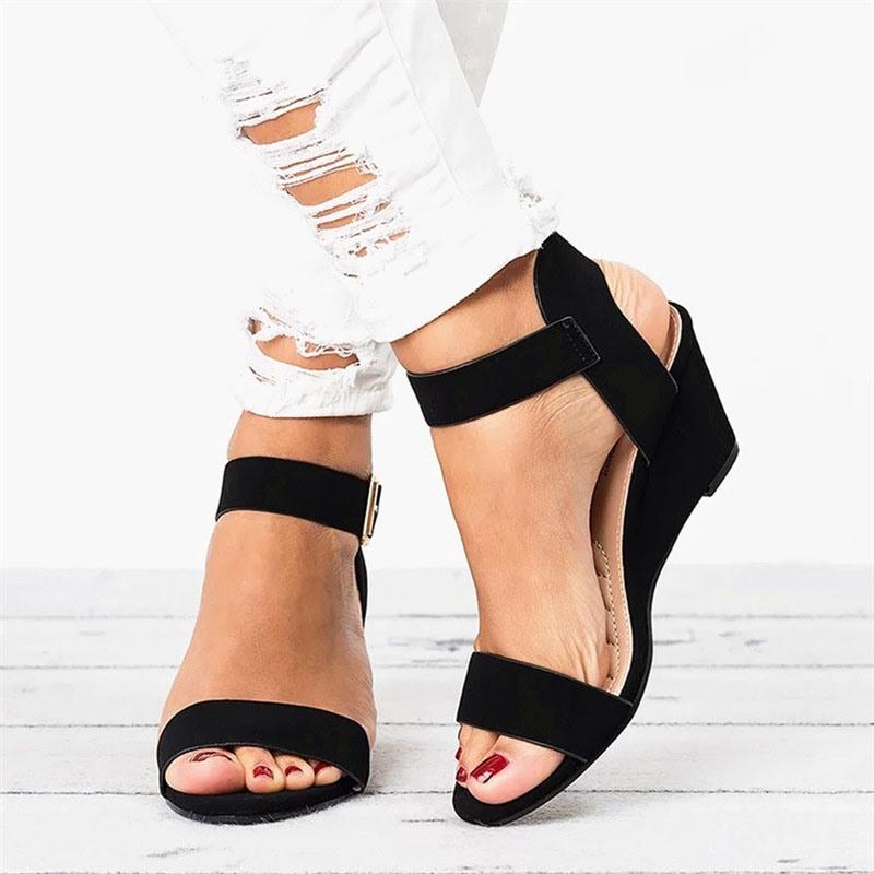 Ericdress Round Toe Buckle Wedge Heel Plain Sandals