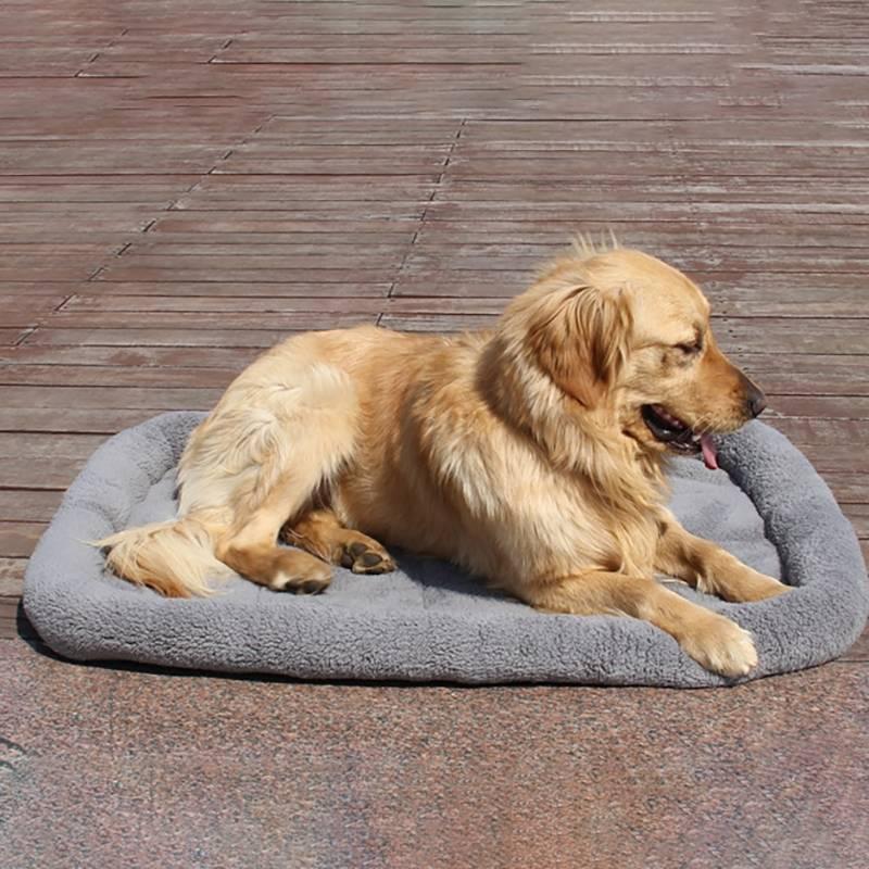 Multifunctional Anti-scratch Short Plush Pet Cushion Mat Dog Cat Seat Cover Pad Mat