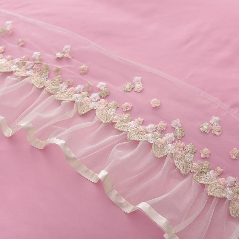 Dreamlike Princess Lace Skidproof Polyester Fiber Girl 4-piece Bed Skirt Sets