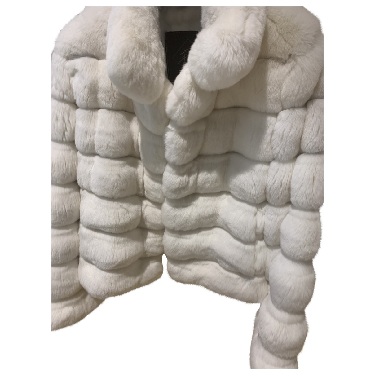 Non Signé / Unsigned \N Chinchilla coat for Women M International