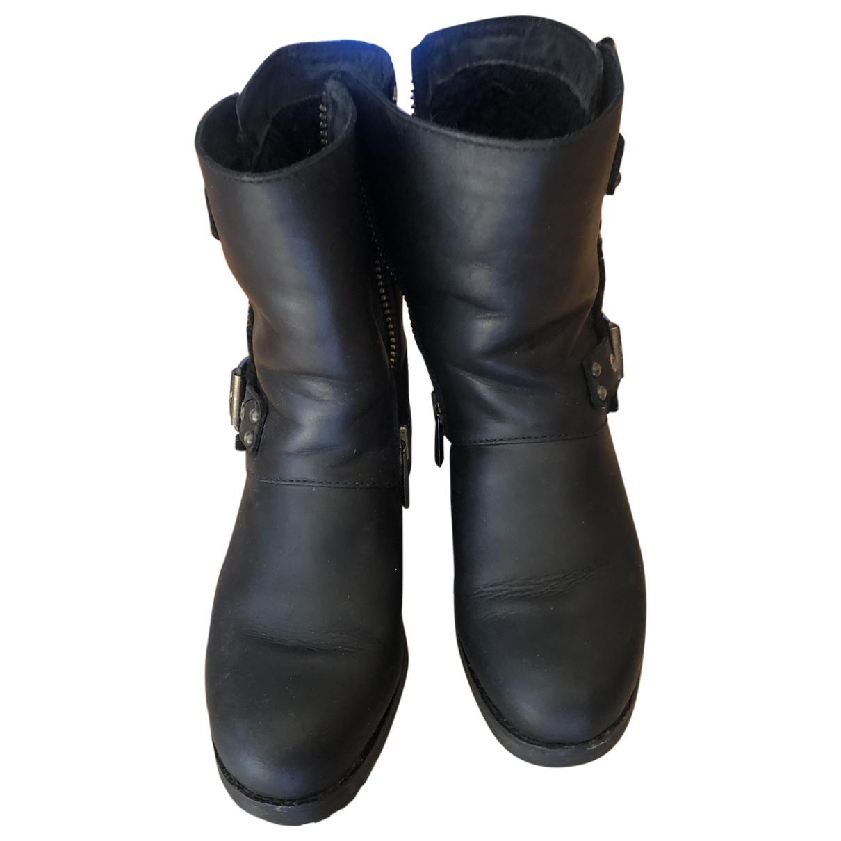 Ugg \N Black Shearling Boots for Women 38 EU