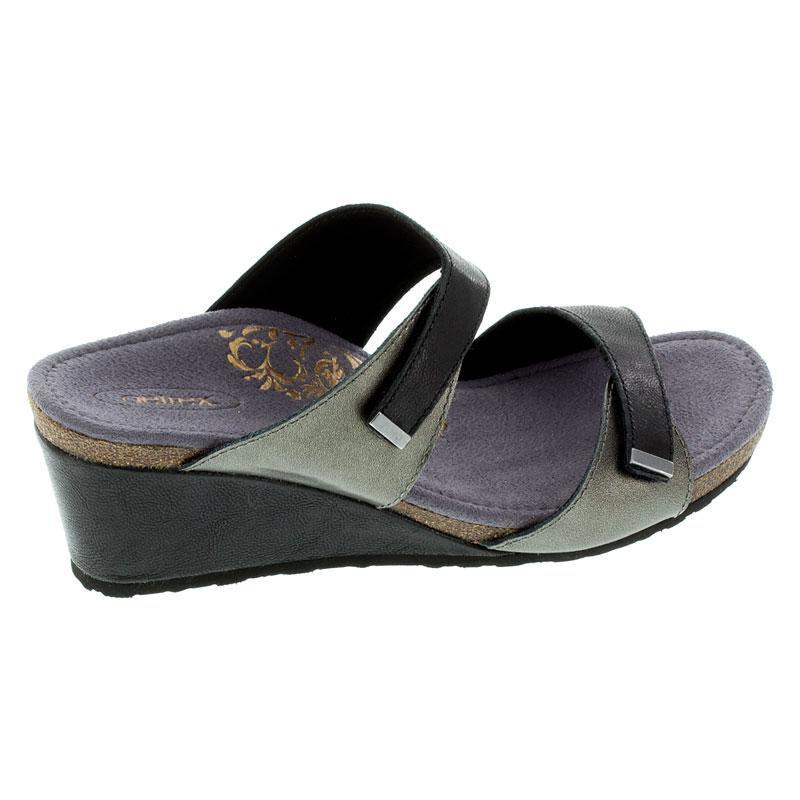 Aetrex Chantel Black Leather High Heel 39