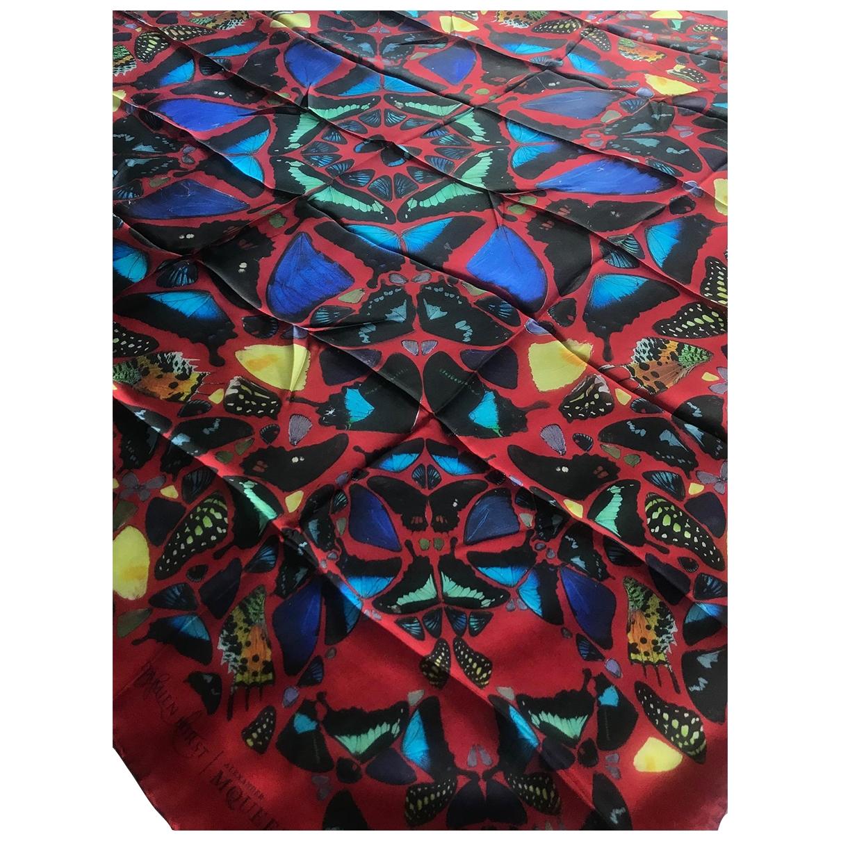 Alexander Mcqueen \N Red Silk scarf for Women \N