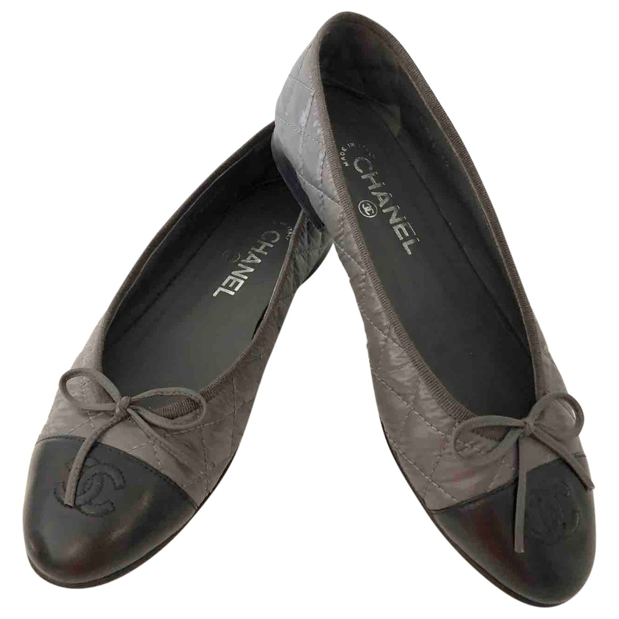 Chanel \N Anthracite Leather Ballet flats for Women 38.5 EU