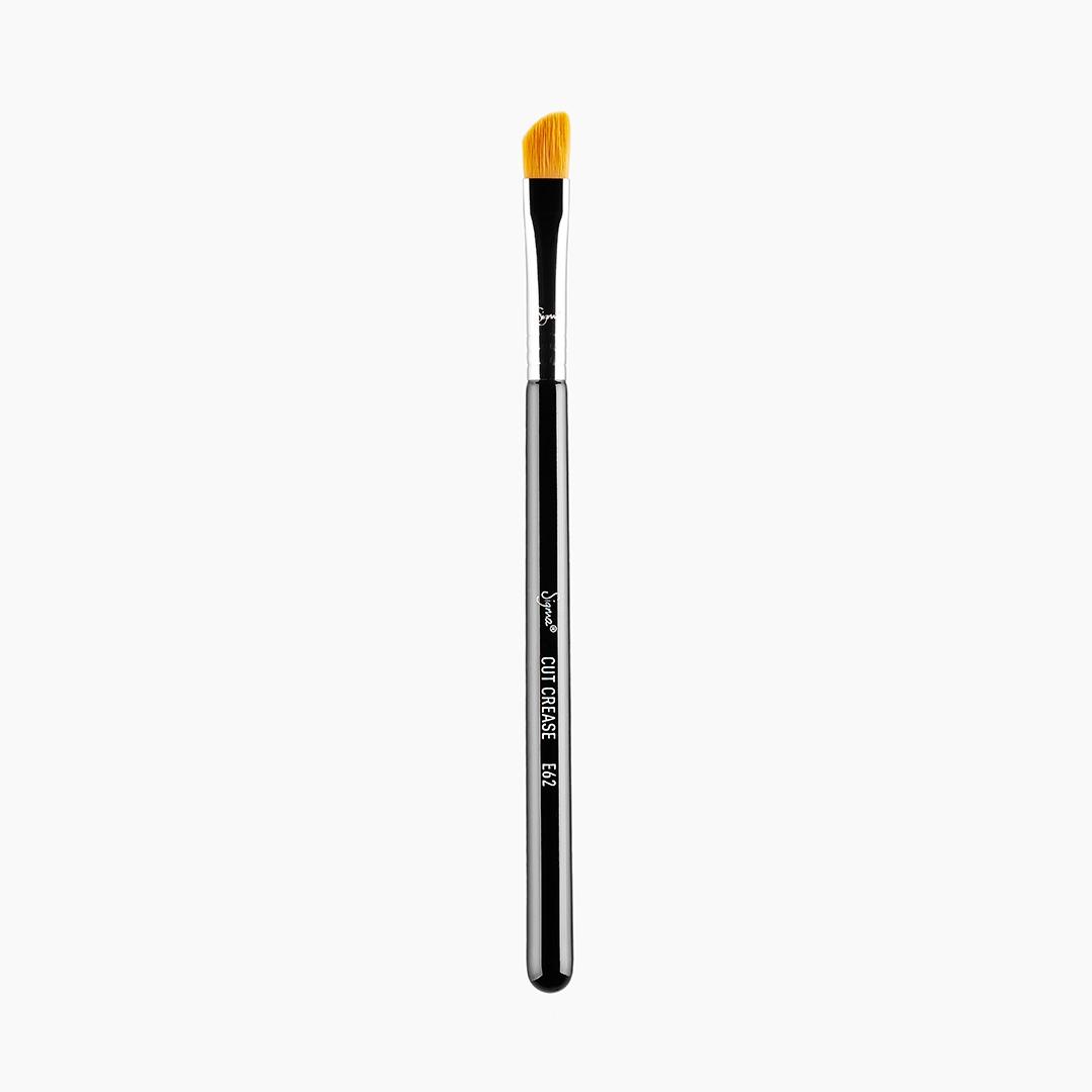 E62 Cut Crease Brush