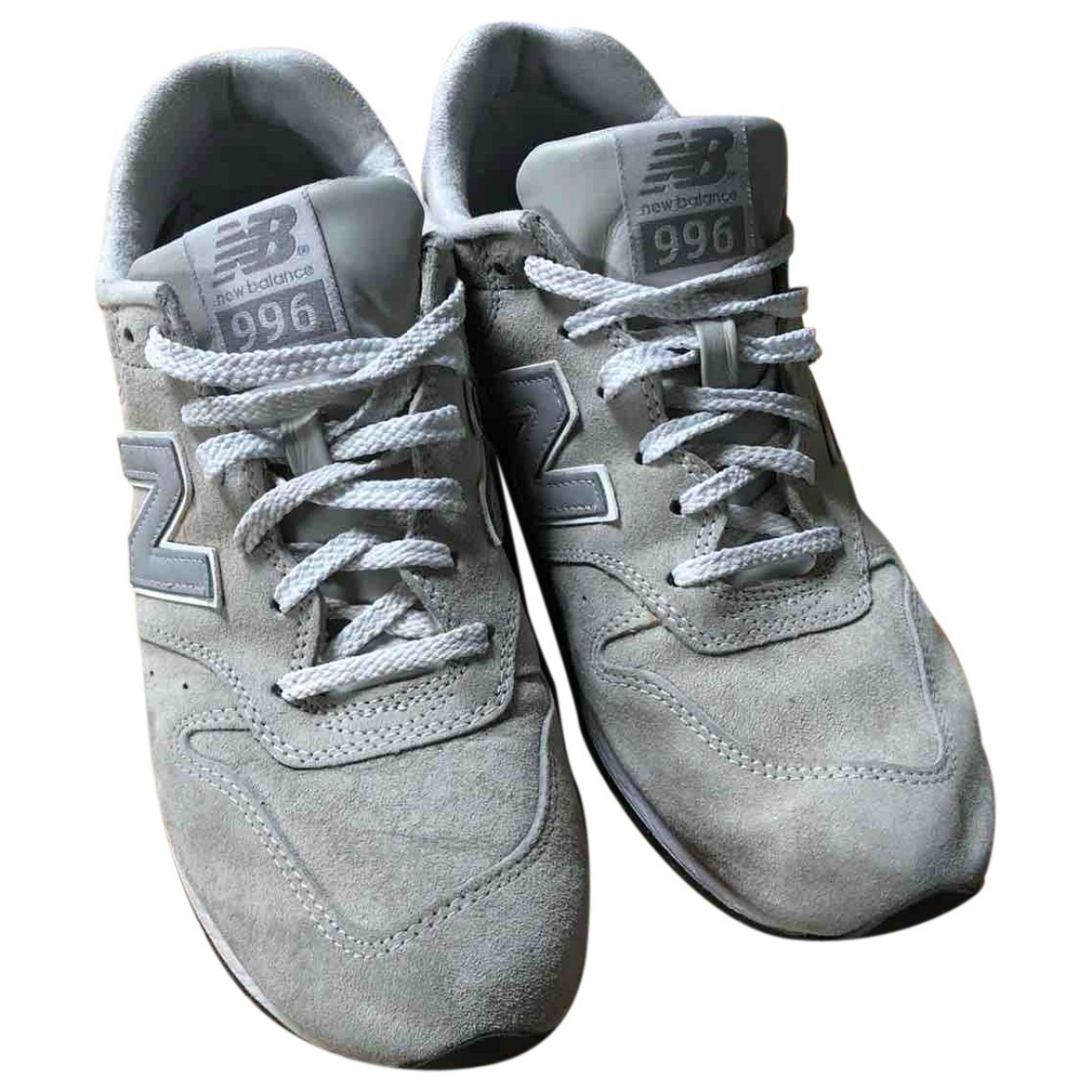New Balance \N Grey Suede Trainers for Men 41 EU