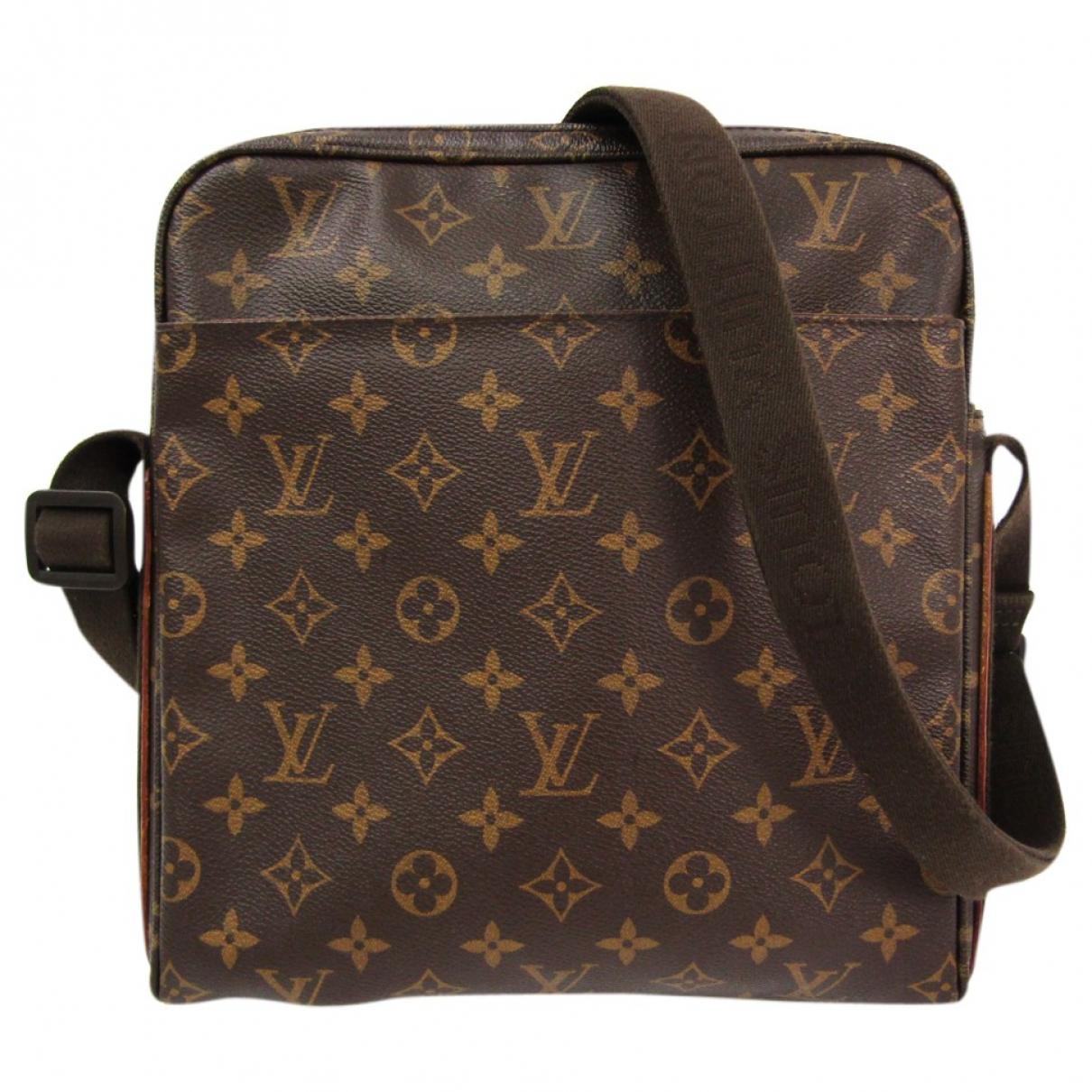 Louis Vuitton Trotteur Brown Cloth handbag for Women \N