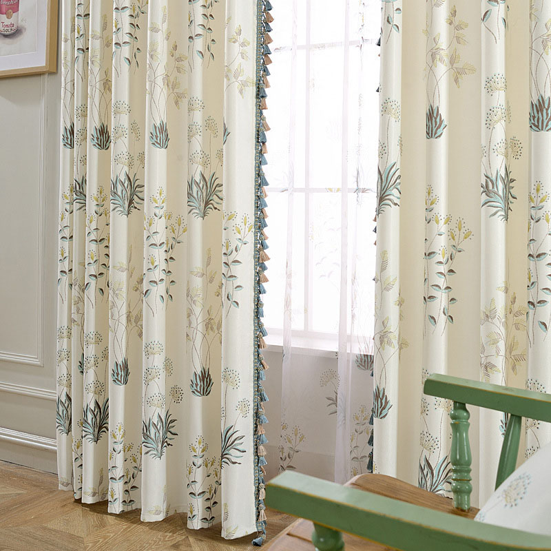 European Modern Living Room Blackout Curtains 84W 84L Inches Polyester 70% Shading Rate and UV Rays Environment-Friendly and Pollution-Free Material E