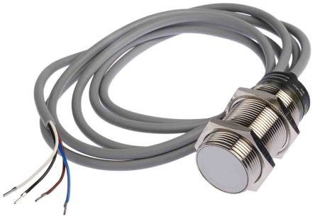 RS PRO 62mm Flush Mount Capacitive sensor, NPN-NO/NC Output, 10 mm Detection Range, IP67