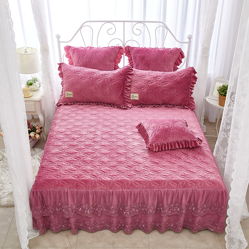 Solid Color Unique Geometric Pattern Crystal Velvet Lace Bed Skirt