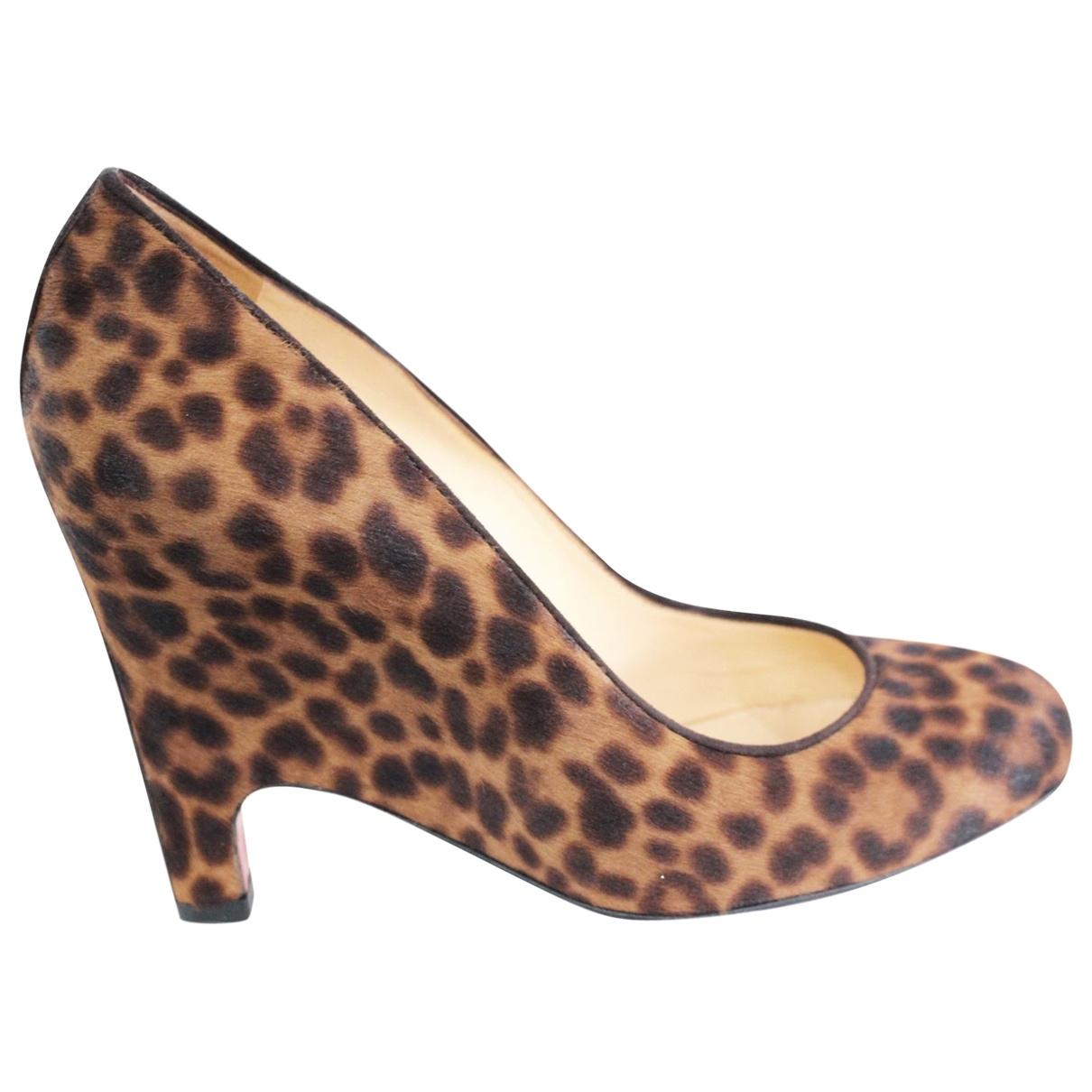 Christian Louboutin \N Camel Leather Heels for Women 38.5 EU