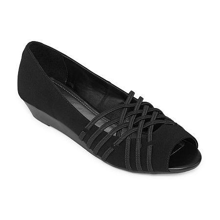 east 5th Womens Grace Slip-On Shoe, 8 1/2 Wide, Black