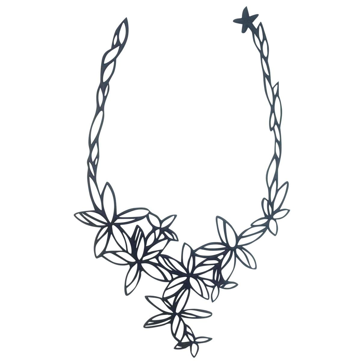 Non Signé / Unsigned Motifs Floraux Black necklace for Women \N