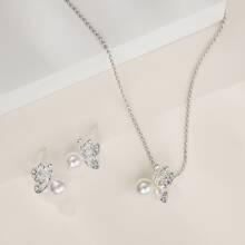1pc Rhinestone Decor Butterfly Necklace & 1pair Stud Earrings