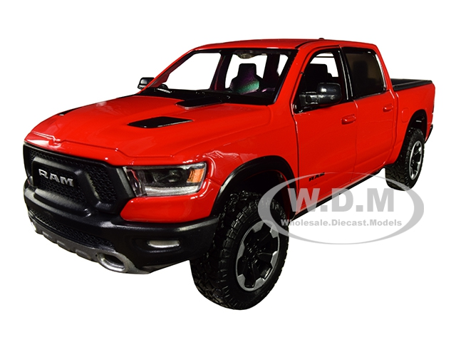 2019 RAM 1500 Rebel Crew Cab Pickup Truck Red 1/24 Diecast Model Car by Motormax
