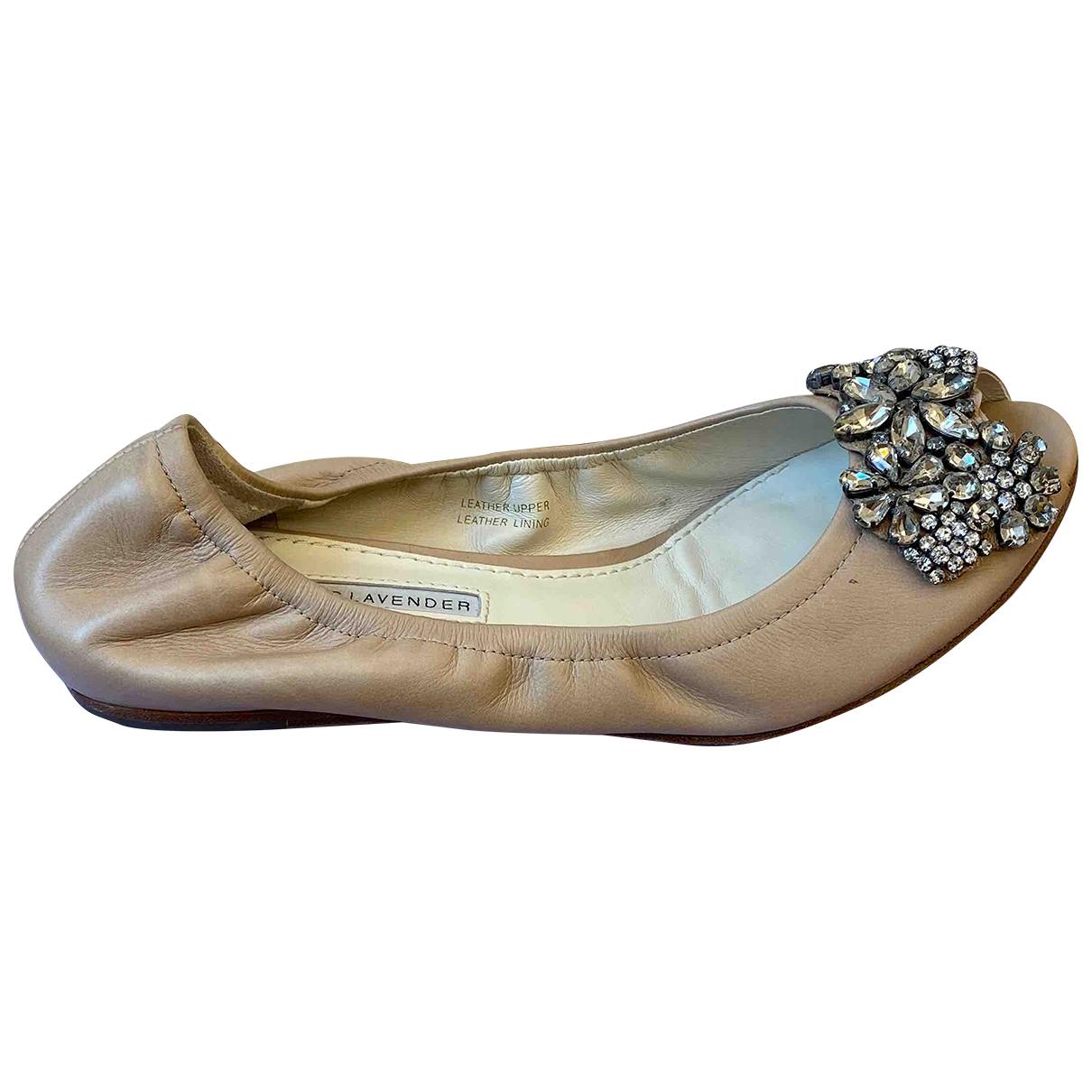 Vera Wang \N Beige Leather Ballet flats for Women 7 US