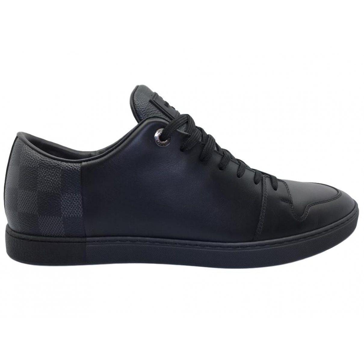 Louis Vuitton \N Black Leather Trainers for Men 9.5 UK