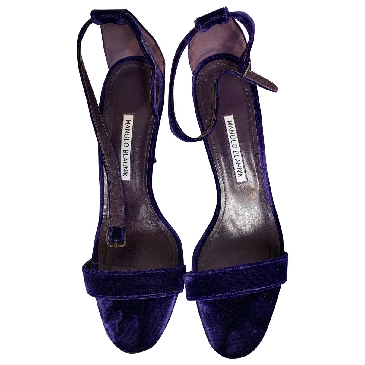 Manolo Blahnik \N Purple Velvet Sandals for Women 41 EU