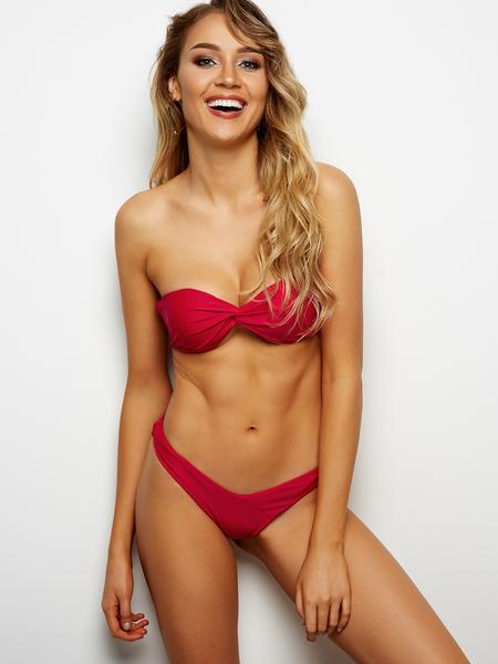 Yoins Red Sexy Twist Front Bandeau Bikini Set