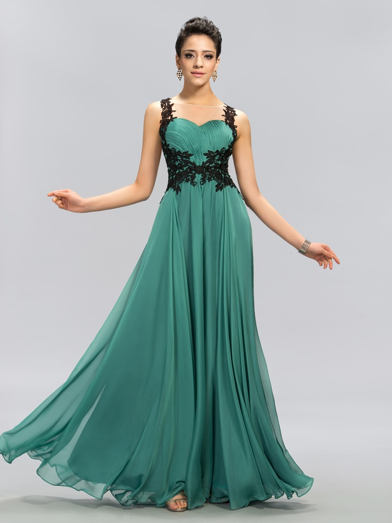 Bateau Neck Appliques Backless Prom Dress