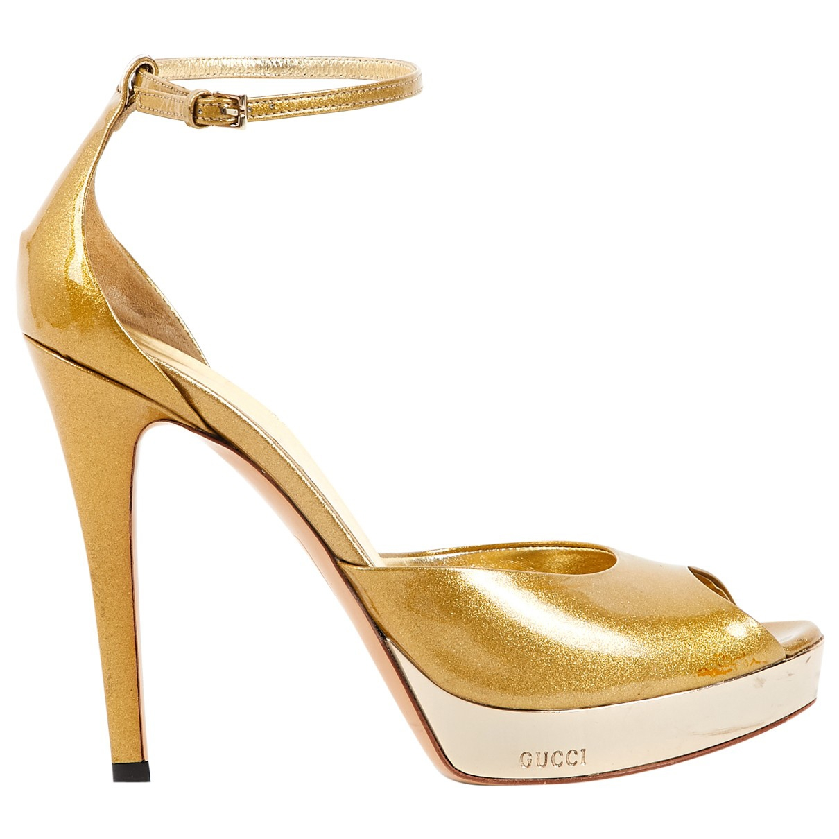 Gucci \N Gold Patent leather Heels for Women 38 EU