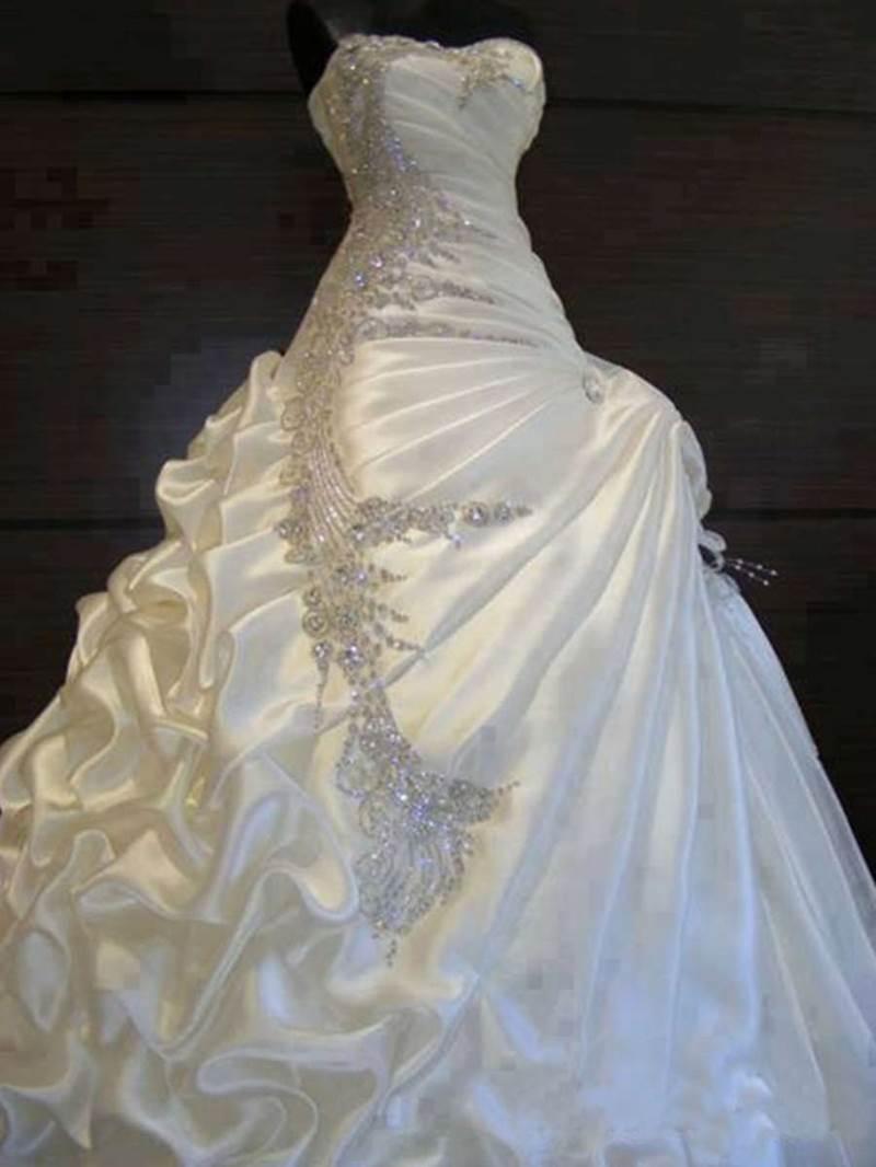 Ericdress Beading Pick-Ups Ball Gown Wedding Dress