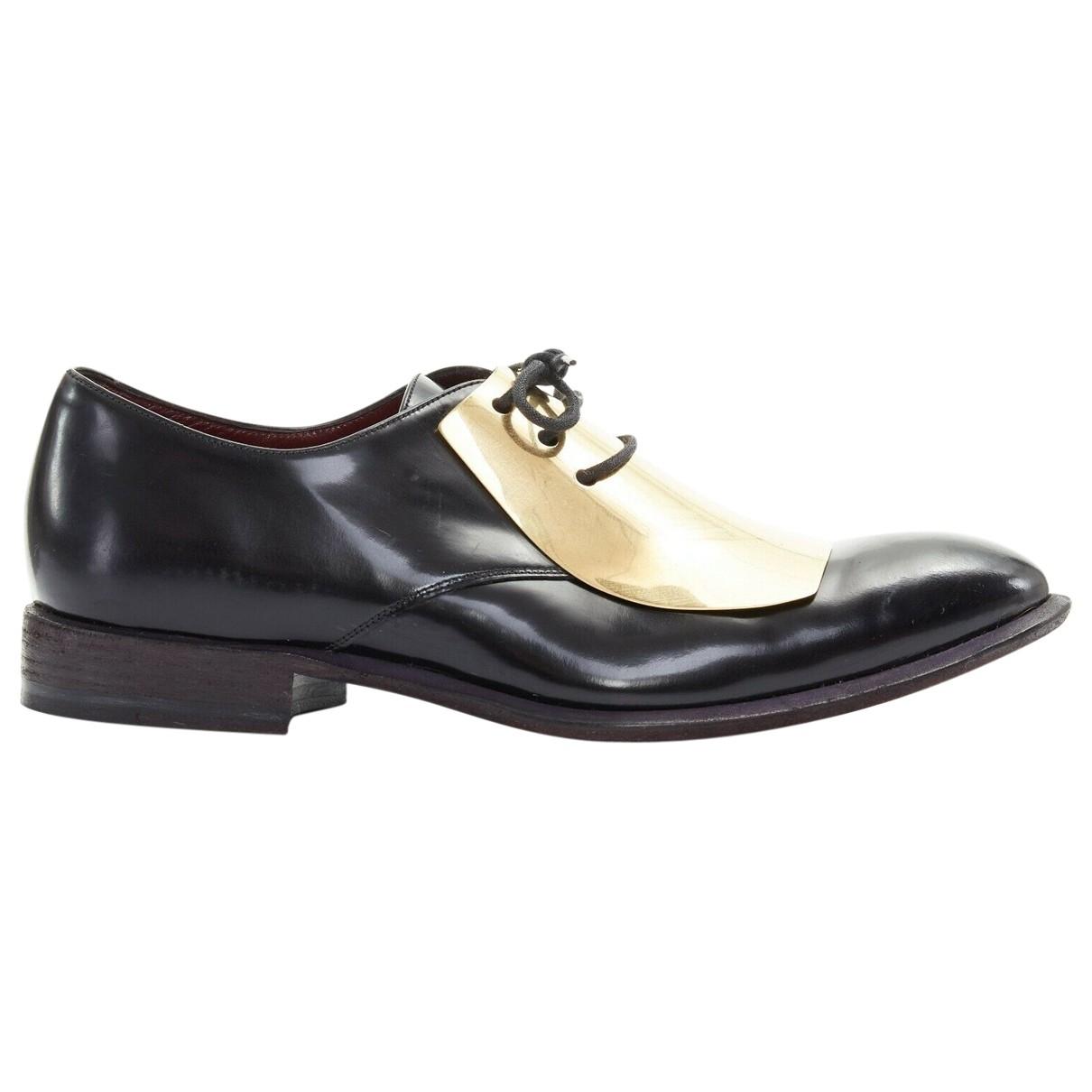 Celine \N Black Leather Lace ups for Women 39.5 EU