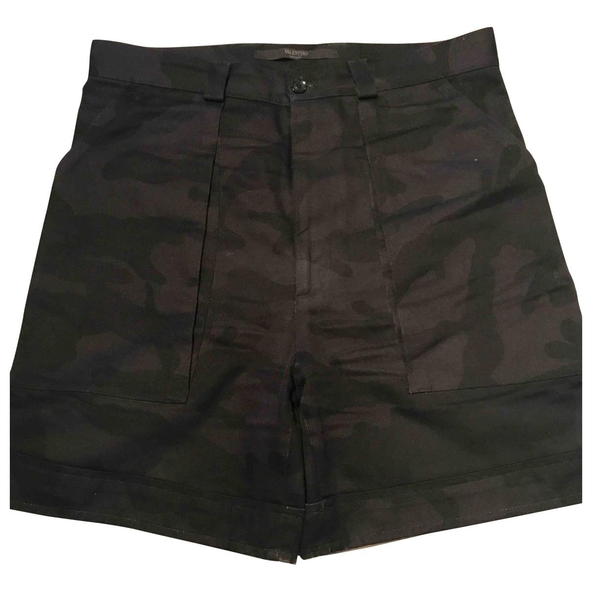 Valentino Garavani \N Black Cotton Shorts for Men 44 IT