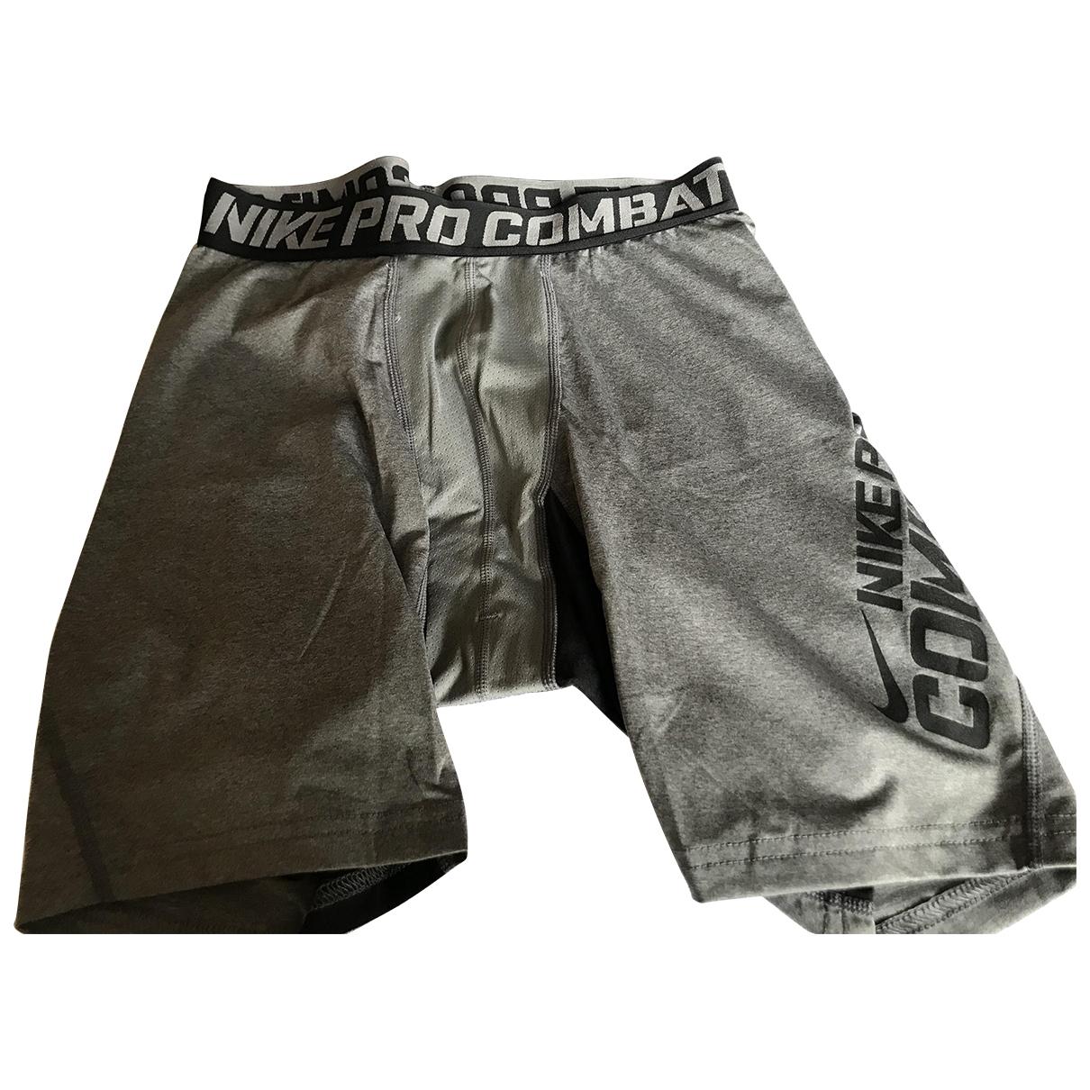 Nike \N Grey Shorts for Kids 18 years - L UK