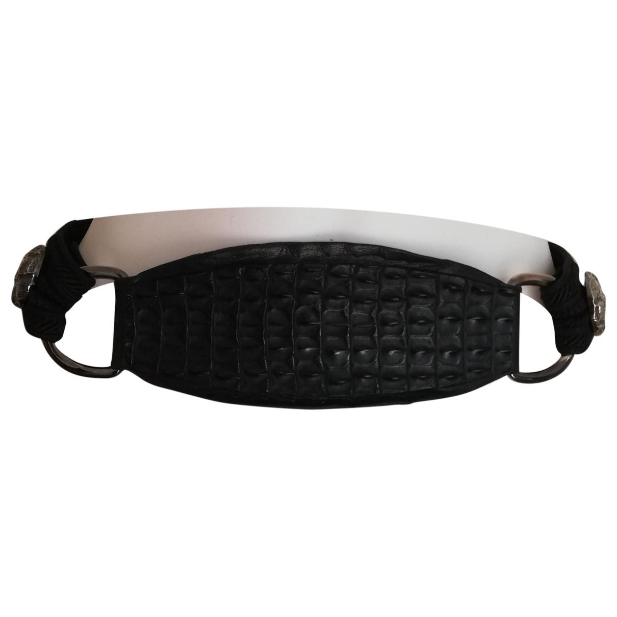 Yves Saint Laurent \N Black Leather belt for Women 75 cm