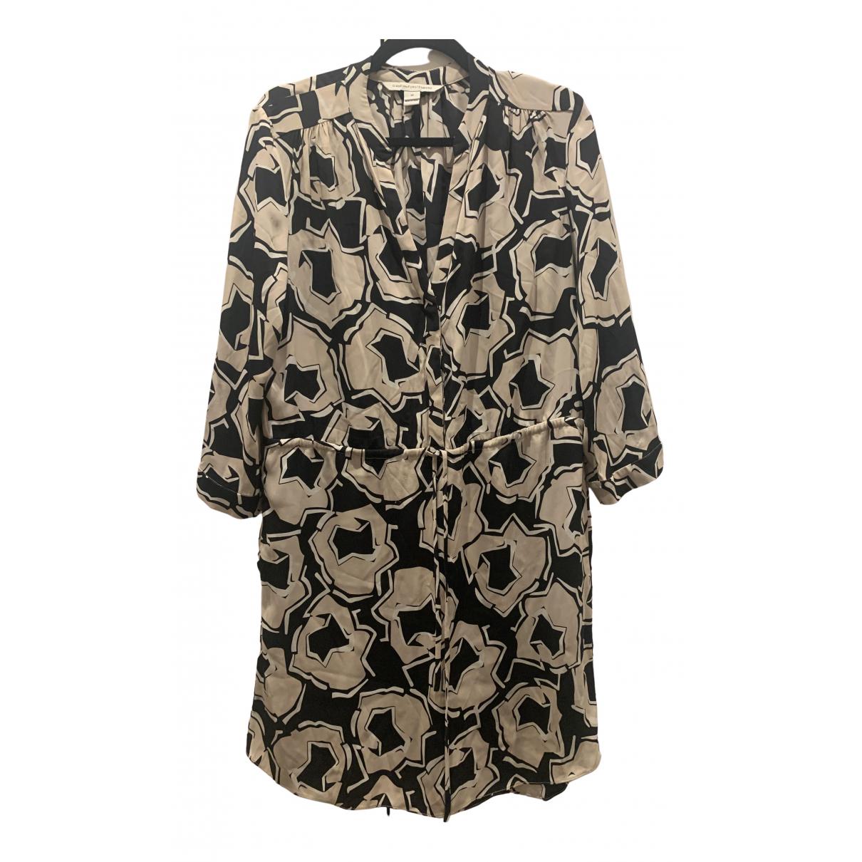 Diane Von Furstenberg \N Beige Silk dress for Women 14-16 US