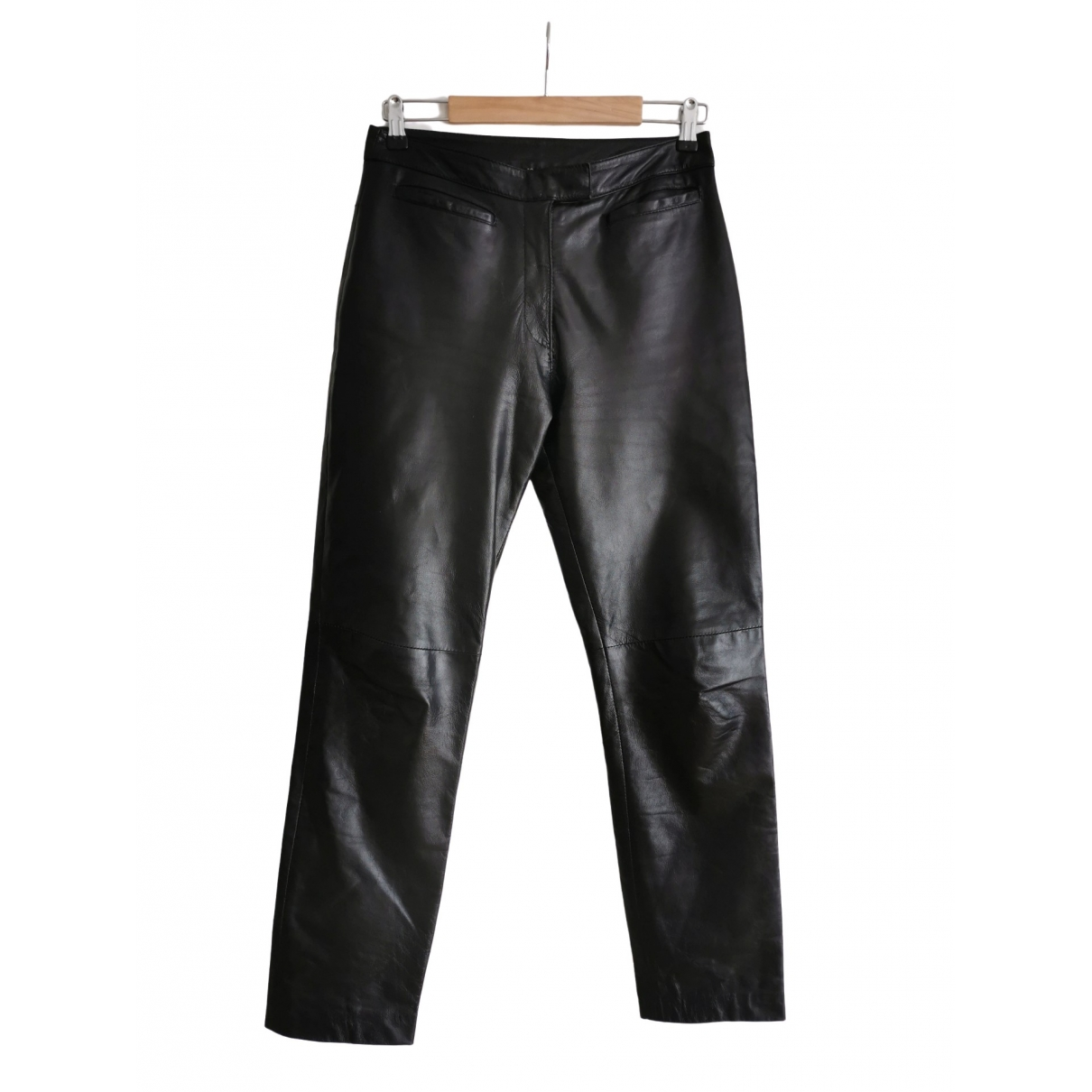 Non Signé / Unsigned \N Black Leather Trousers for Women 40 FR