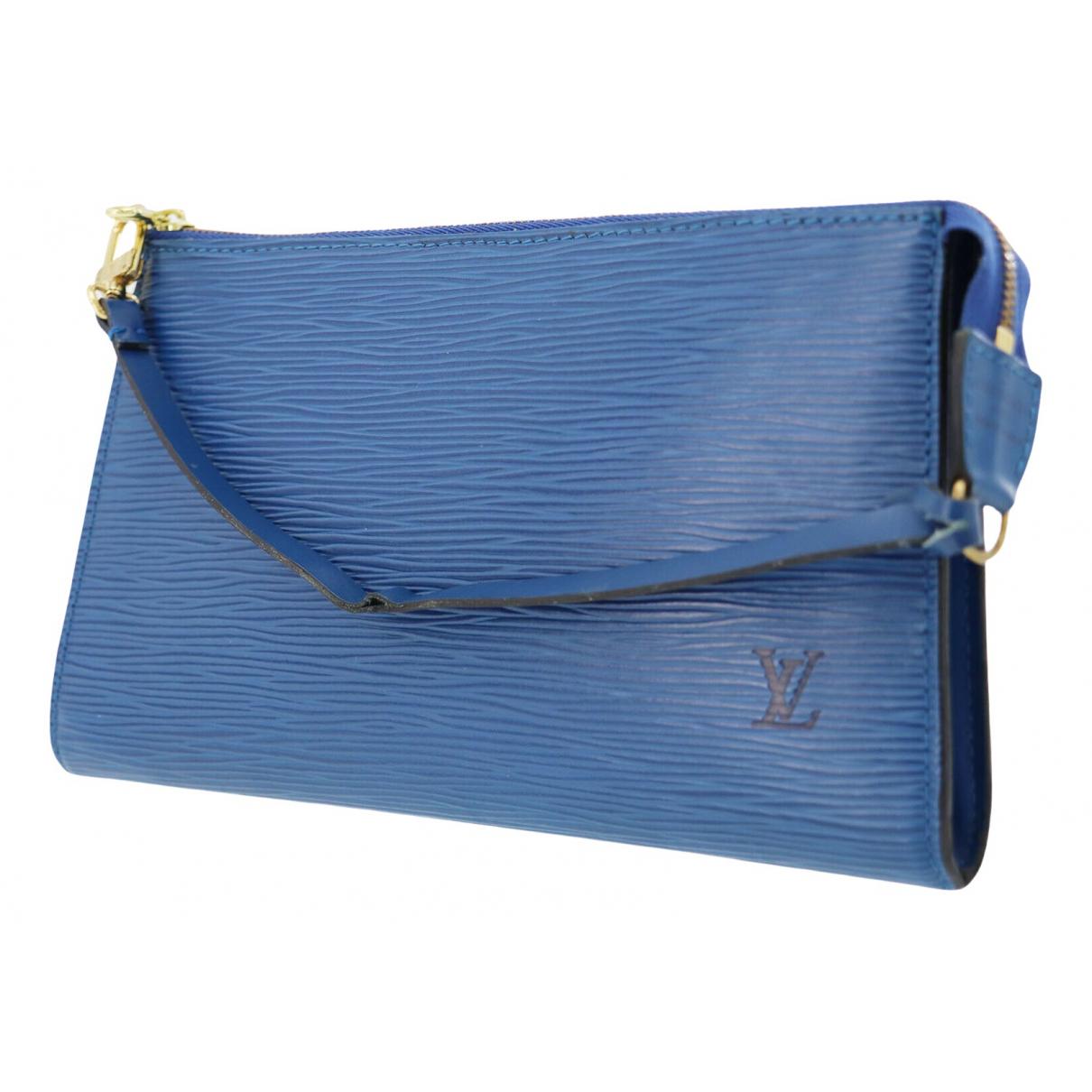 Louis Vuitton Pochette Accessoire Blue Leather Clutch bag for Women \N