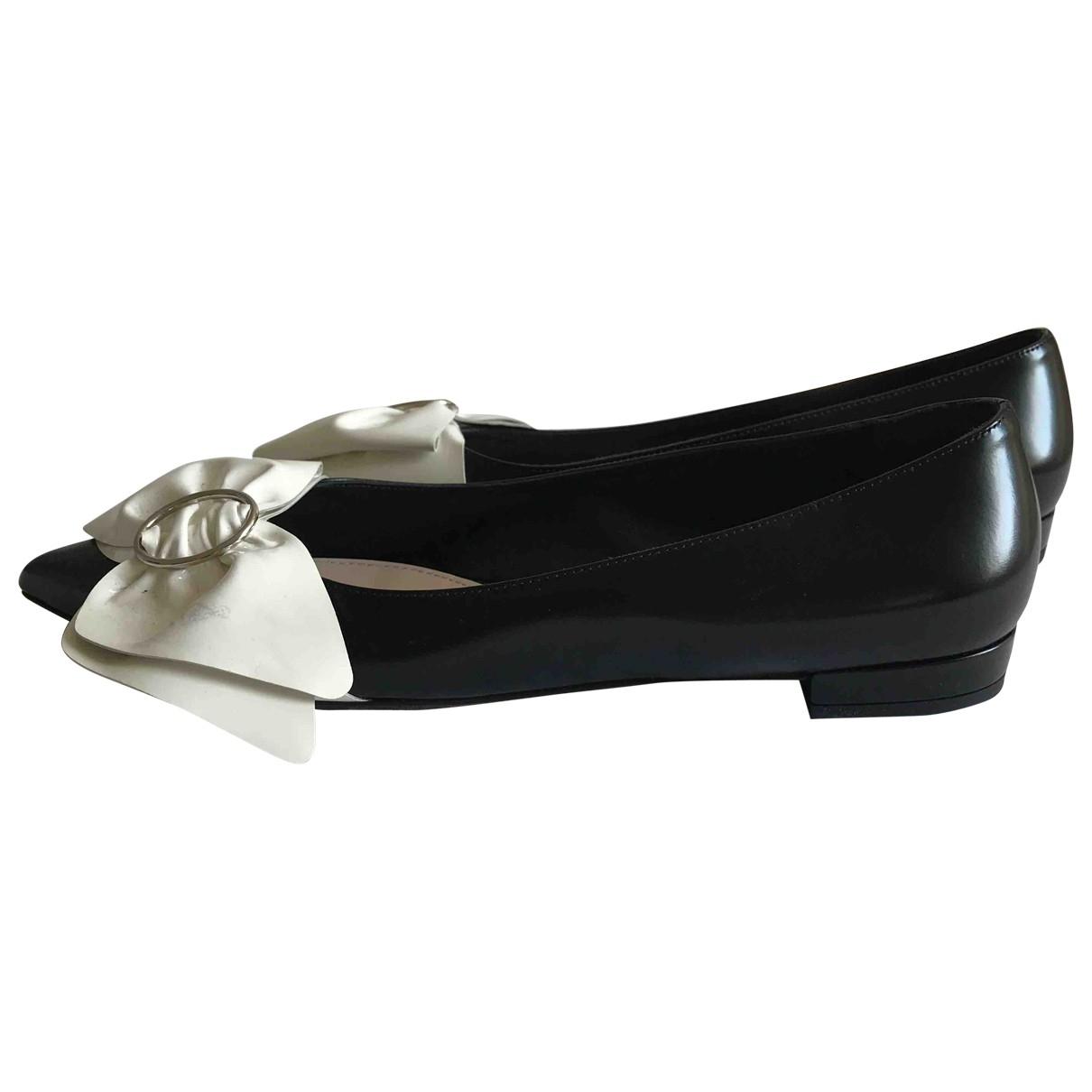 Prada \N Black Leather Ballet flats for Women 37.5 EU