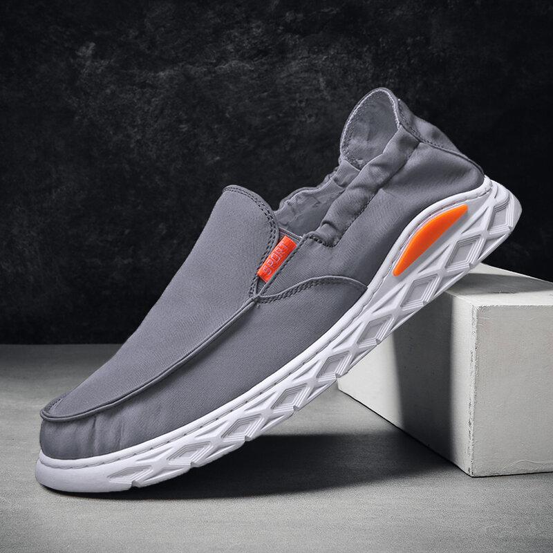 Men Umbrella Cloth Soft Breathable Lightweight Elastic Slip-on Casual Shoes
