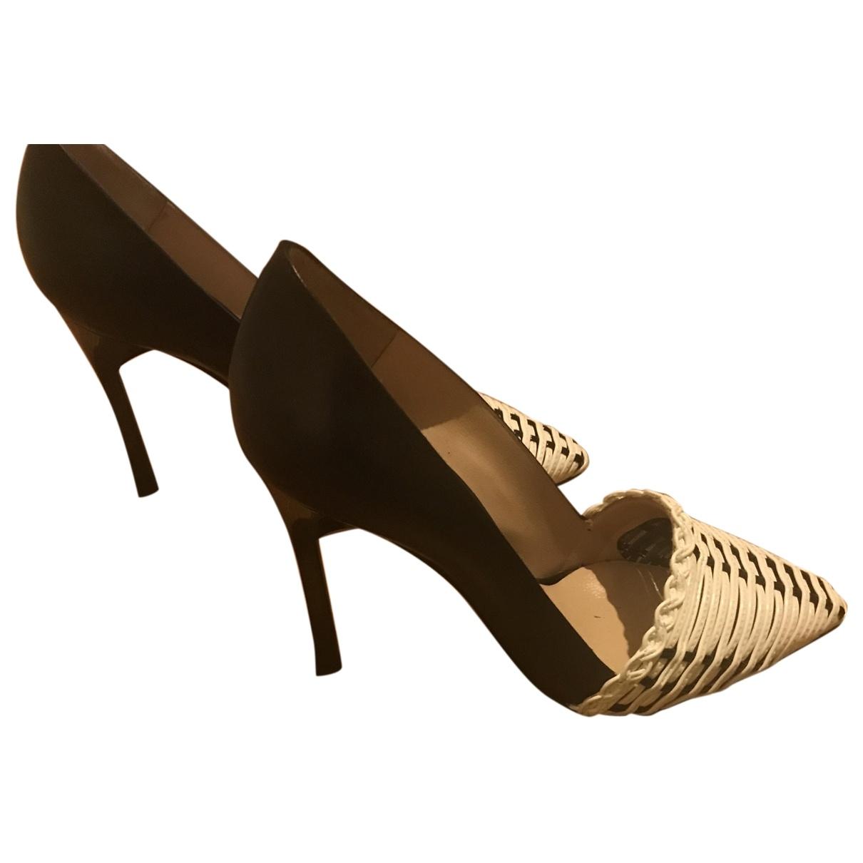 Emporio Armani \N Leather Heels for Women 35 EU