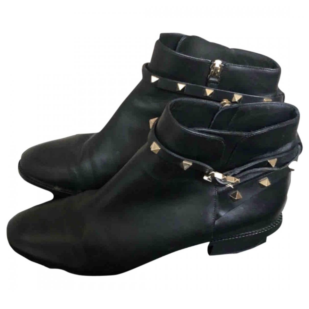 Valentino Garavani Rockstud Black Leather Ankle boots for Women 40 EU