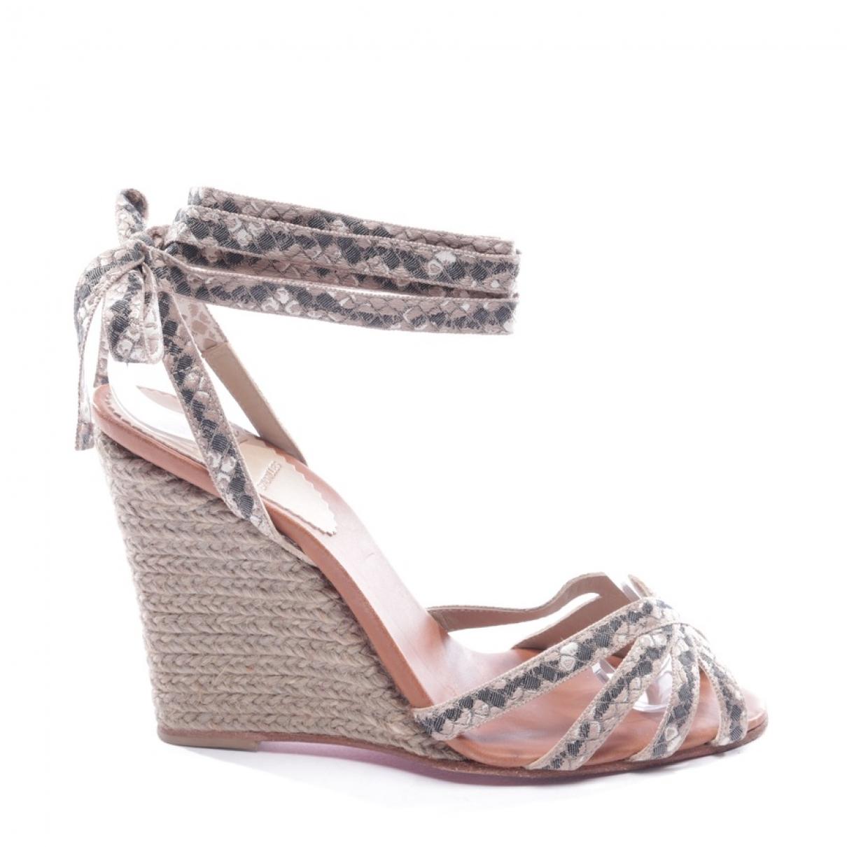 Christian Louboutin \N Grey Cloth Sandals for Women 36 EU