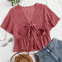 Plus Ditsy Floral Knot Babydoll Blouse