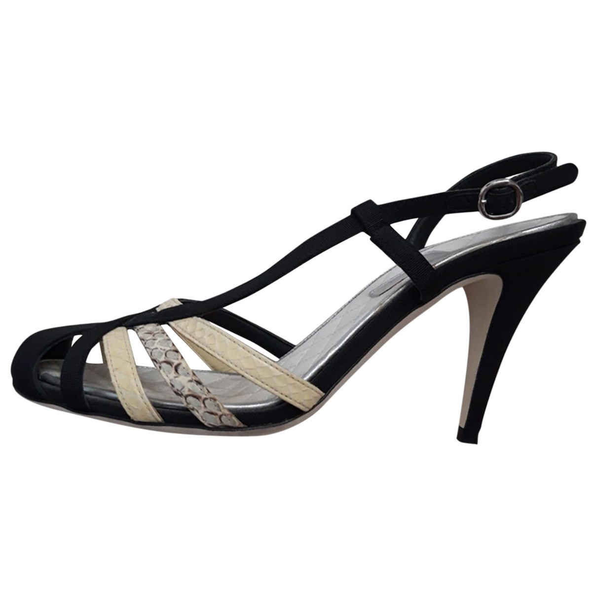 Chanel \N Black Cloth Heels for Women 36 EU
