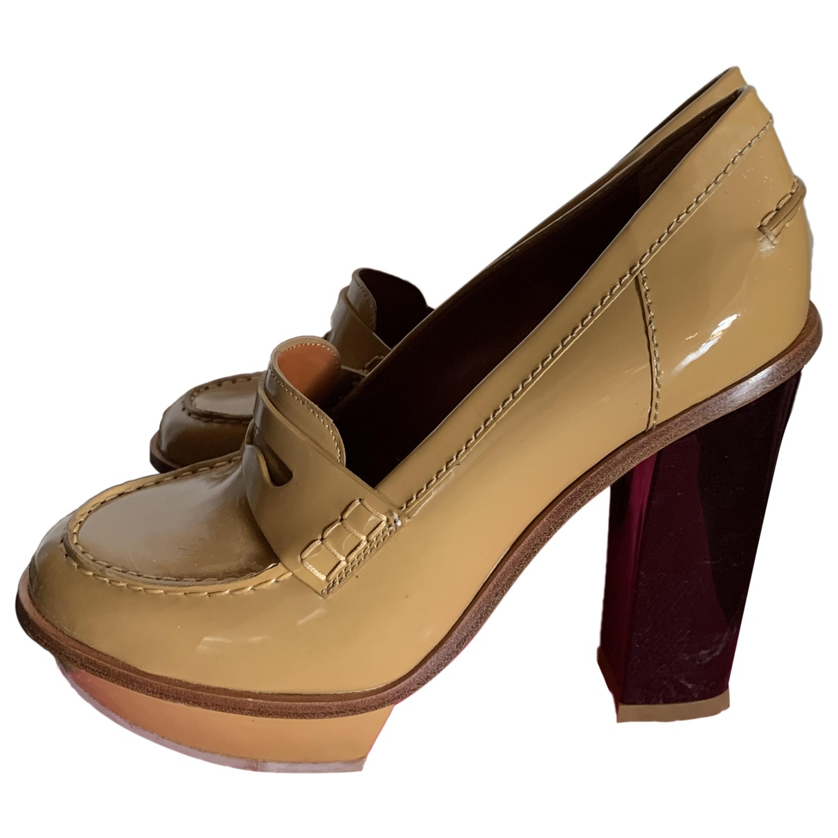 Mulberry \N Beige Patent leather Heels for Women 40 EU