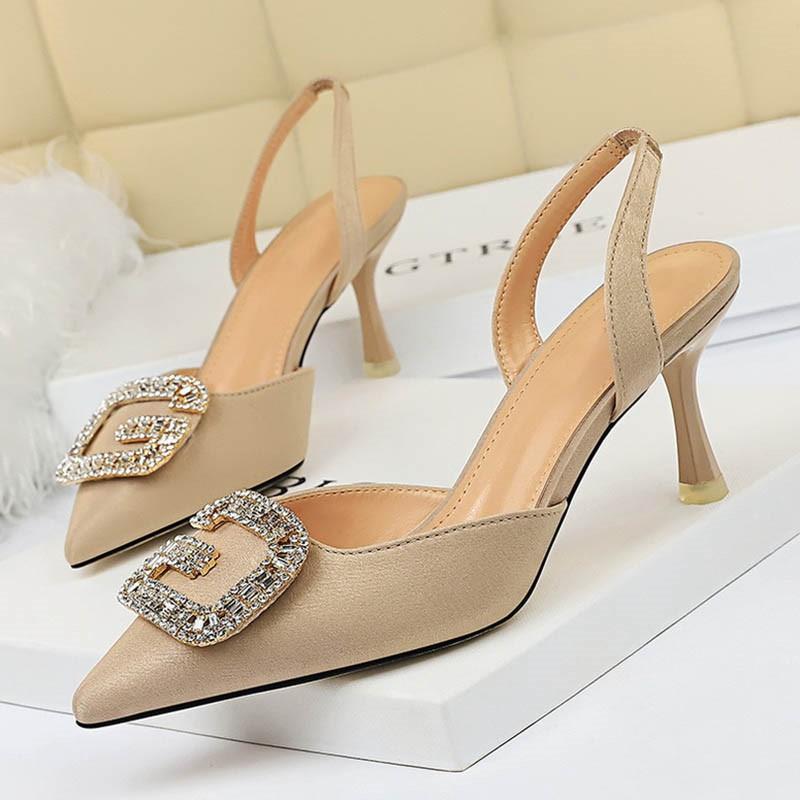 Ericdress Sequin Pointed Toe Slingback Strap Slip-On Women's Sandals
