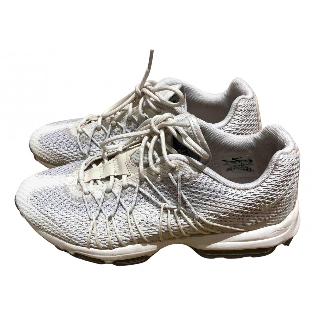 Nike Air Max  Sneakers in  Ecru Leinen