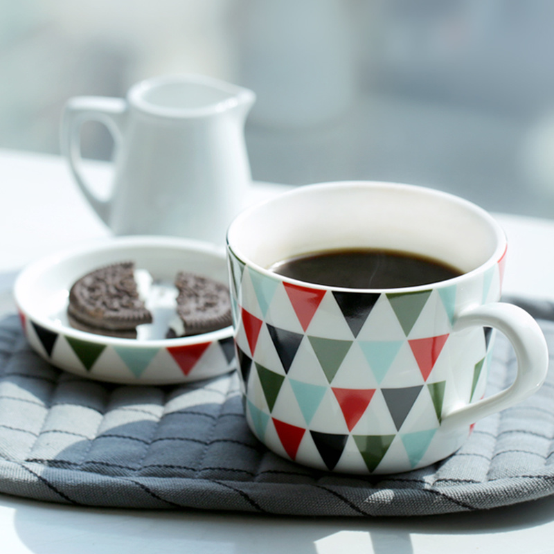 Fancy Simple Style Colorful Triangle Pattern Home Mug Set