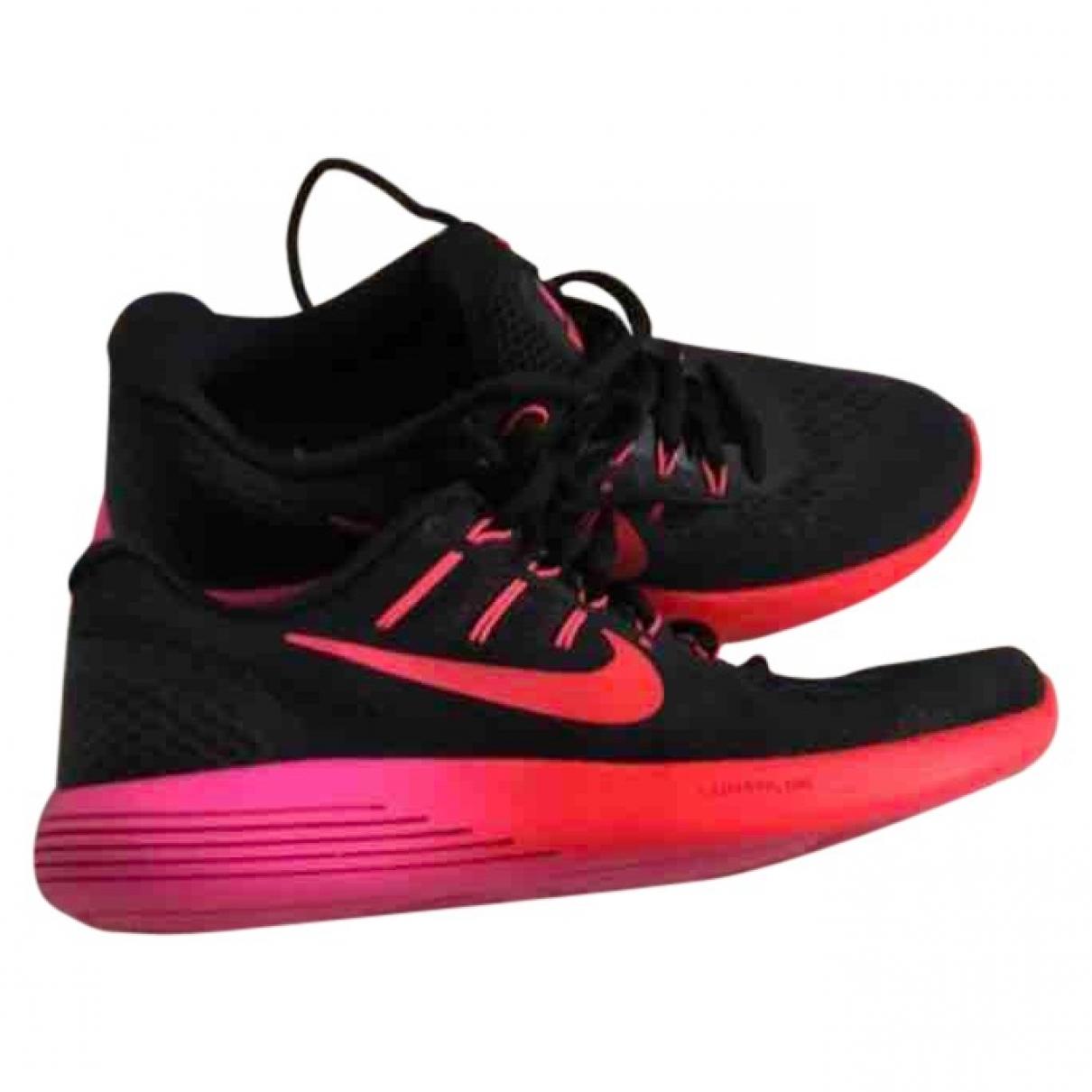 Nike \N Black Cloth Trainers for Women 38 EU