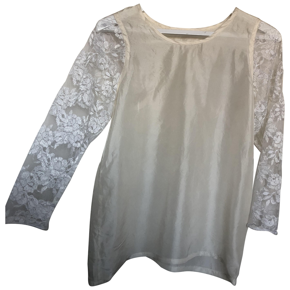 Non Signé / Unsigned \N White Silk  top for Women S International