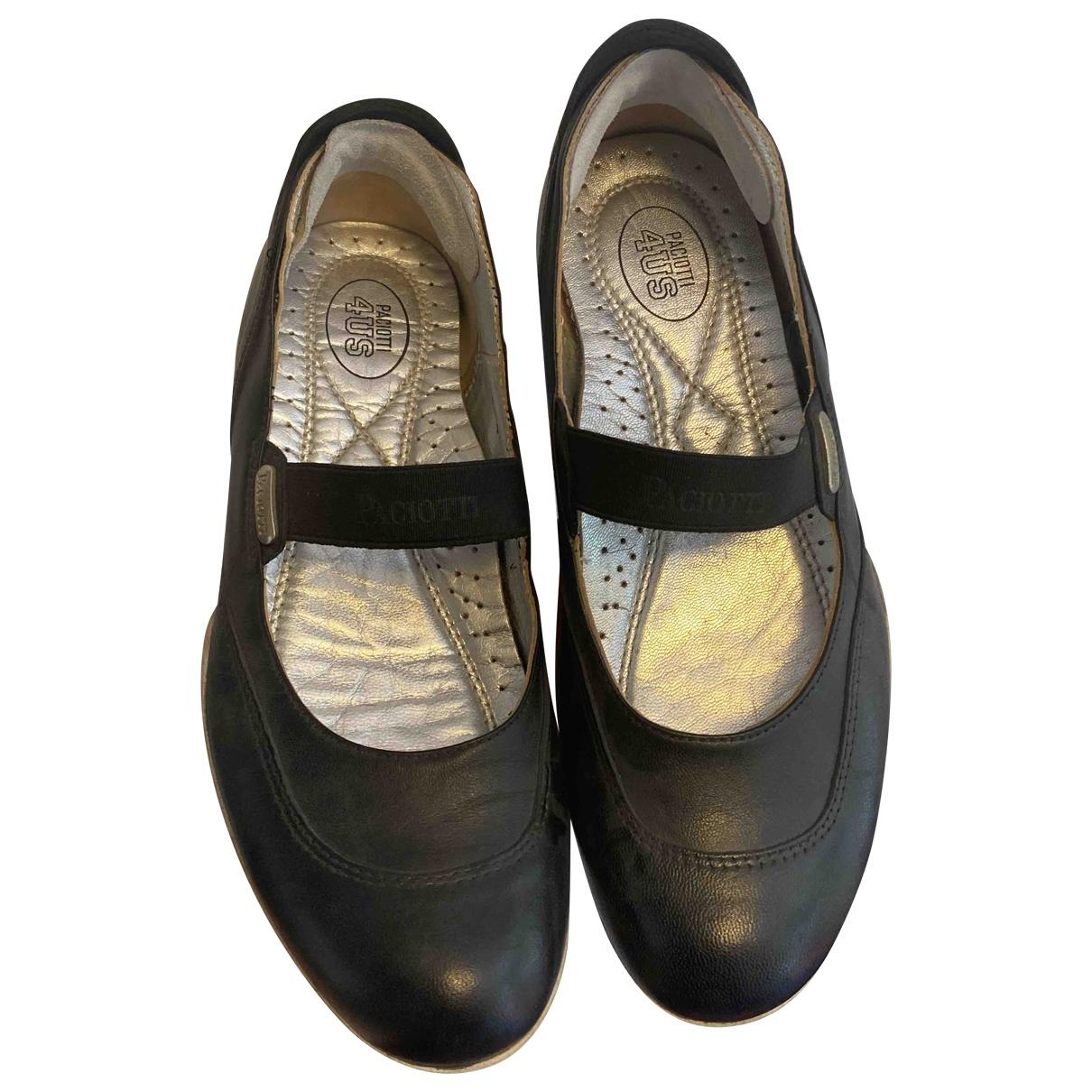 Cesare Paciotti \N Black Leather Ballet flats for Women 37 EU